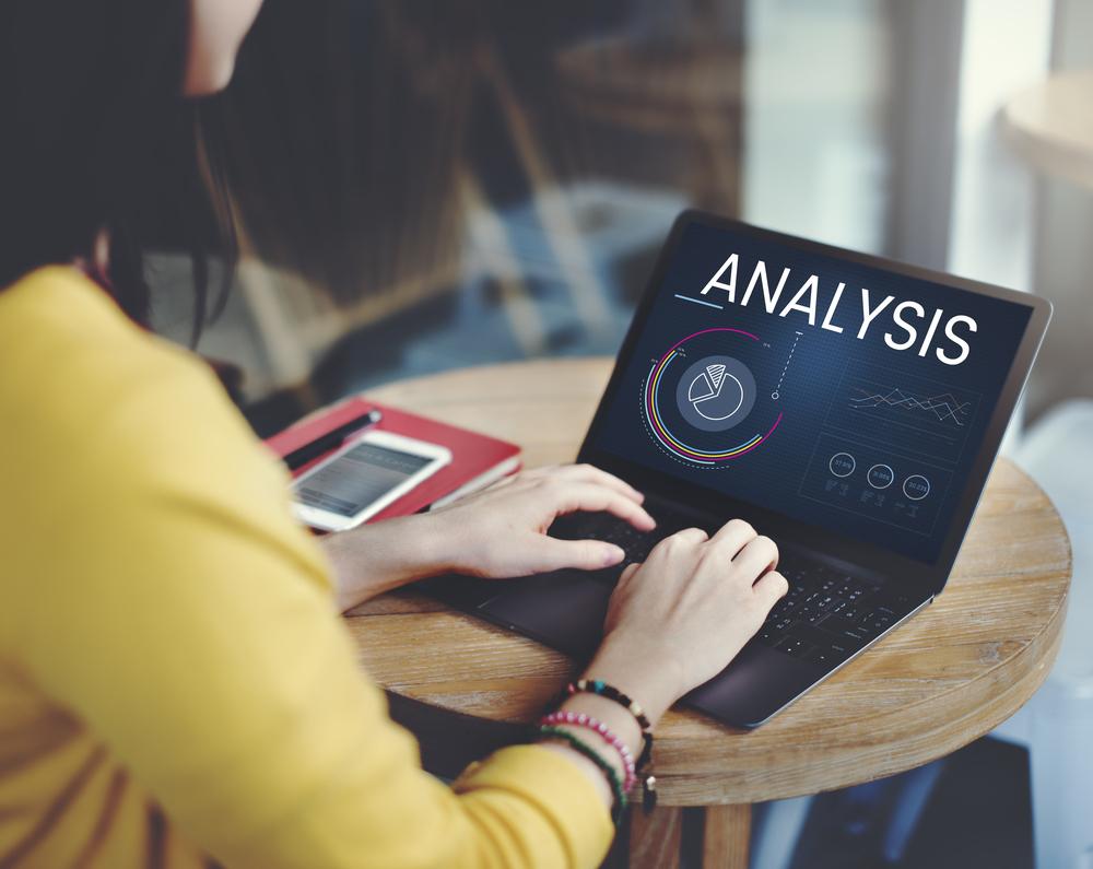 تحليل  وسائط التواصل الاجتماعي